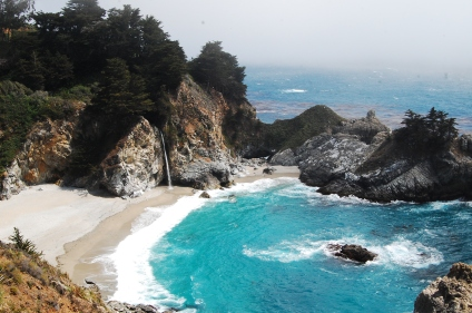 Julia Pfeiffer State Beach, Big Sur, California. THIS IS MY STATE YO.