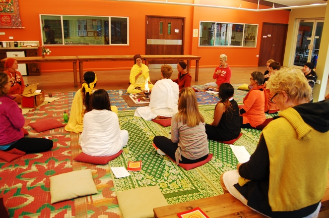 Spiritual ceremonies with music every Friday and Saturday